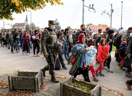 Refugees pass through Slovenia in 2015