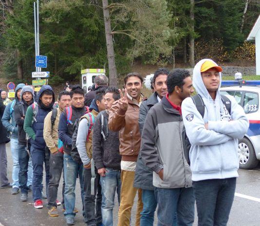 Migrants at Wegscheid border crossing in Bavaria, Germany