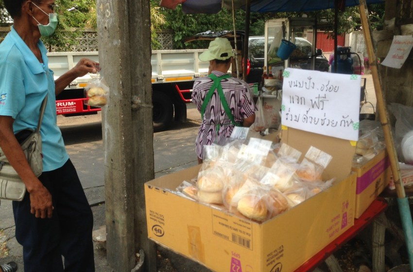 Swiss national and friends help the needy in Pattaya daily on Beach Road