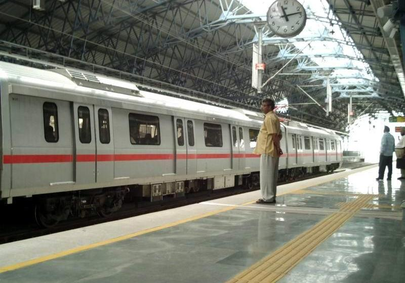 Scores Killed in India Train Accidents