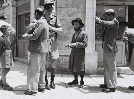 9,000 Photos from 1800's British Mandate of Palestine – with no trace of Muslims or mosques