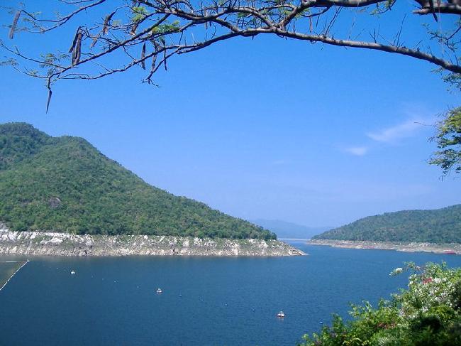 Khlong Tha Dan Dam