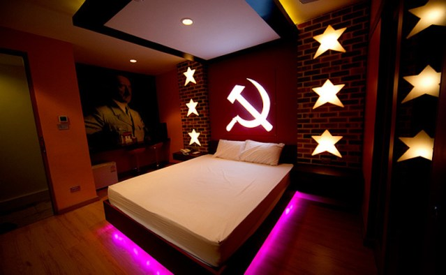 Outrage Over Love Hotels Hitler Room  Thailand News-9175