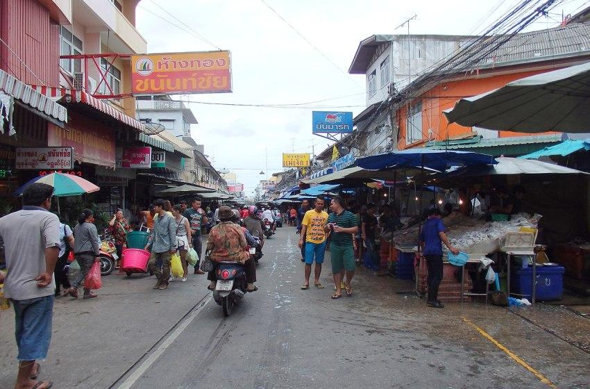 Mahachai in Samut Sakhon District