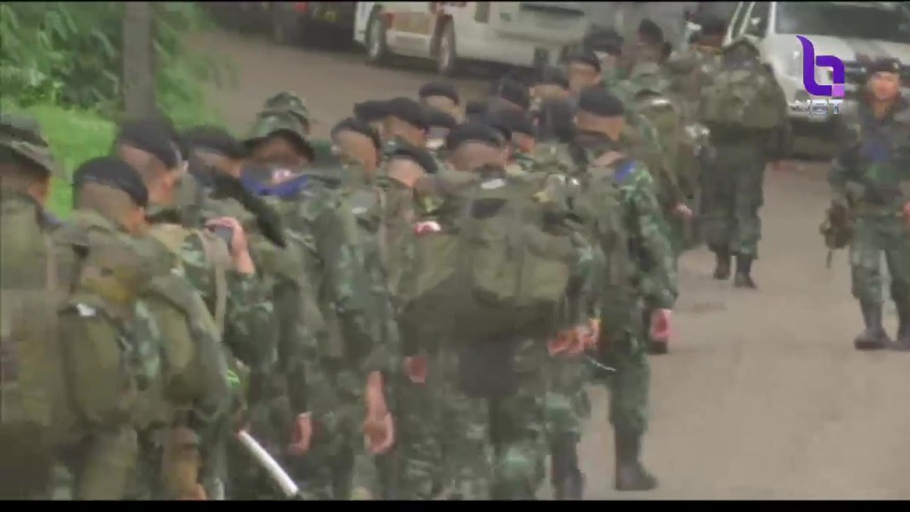 Royal Thai Army soldiers assisting in the Tham Luang cave rescue operations