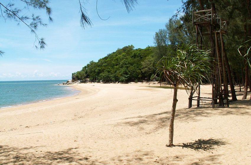 COVID-19: Prayut Stresses Beach Regulations