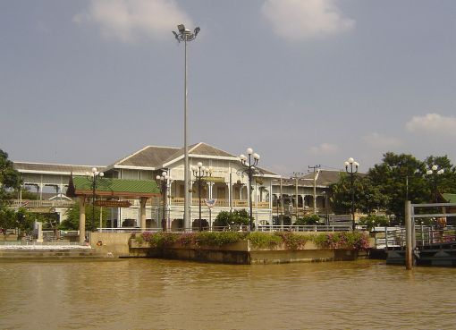 Old townhall in Nonthaburi