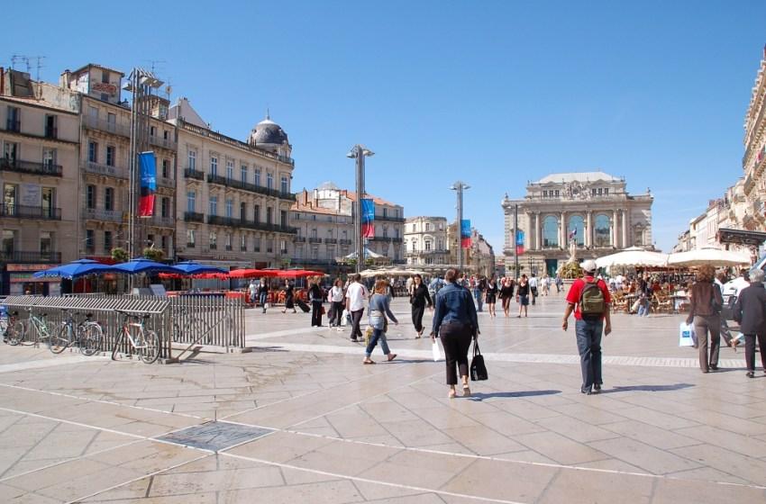 Fierce GUN BATTLE in France's Montpellier as 'two rival gangs' clash in broad daylight