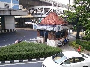 Police kiosk in Thanon Phaya Thai, Bangkok
