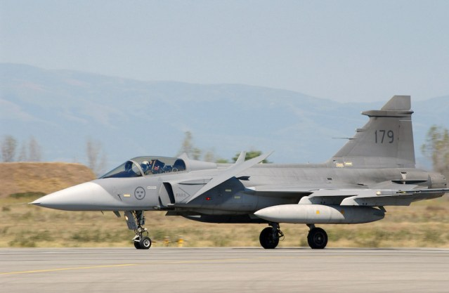 Year After Unexplained Crash, Gripens to Fly on Children's Day