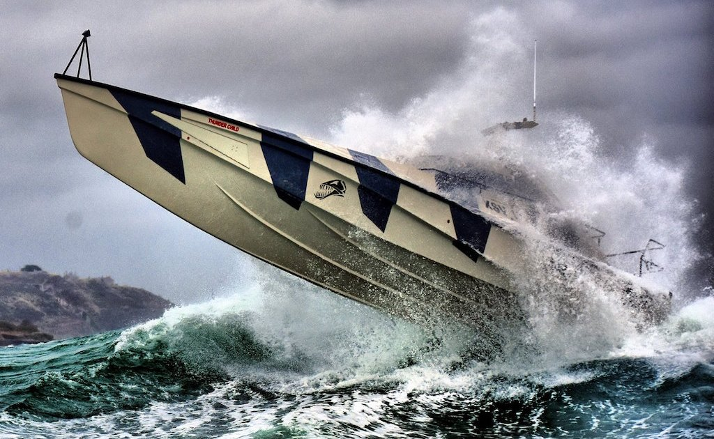 Thunder Child is An Innovative Boat Impossible to Capsize