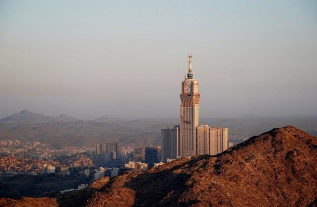 Saudi Arabia Executes, Crucifies Man Convicted of Murder