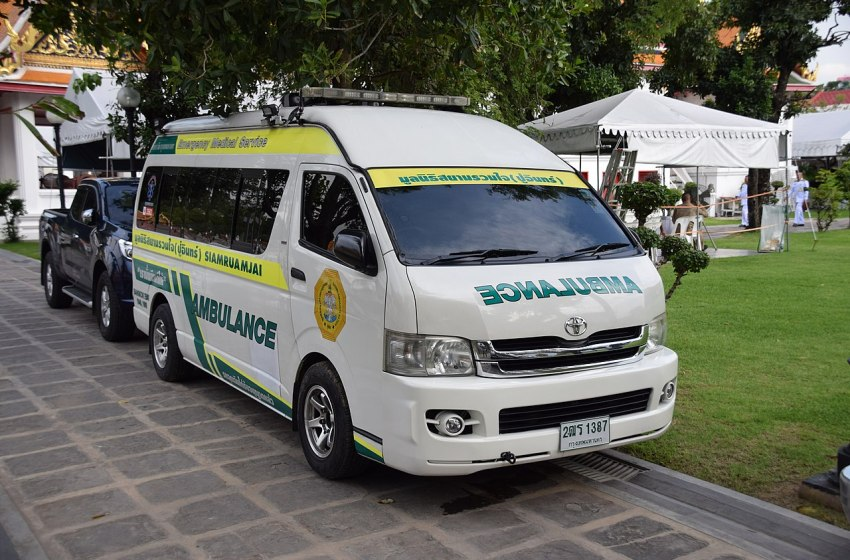 Siamruamjai Toyota ambulance in Thailand