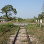 Railway level crossings without barriers