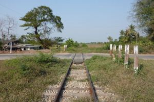 Lop Buri: Van on railway crossing hit by train, 6 killed, 9 hurt
