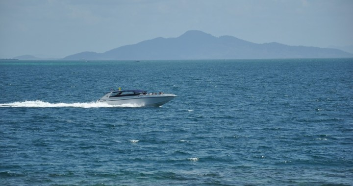 Chinese tourist injured on Krabi speedboat
