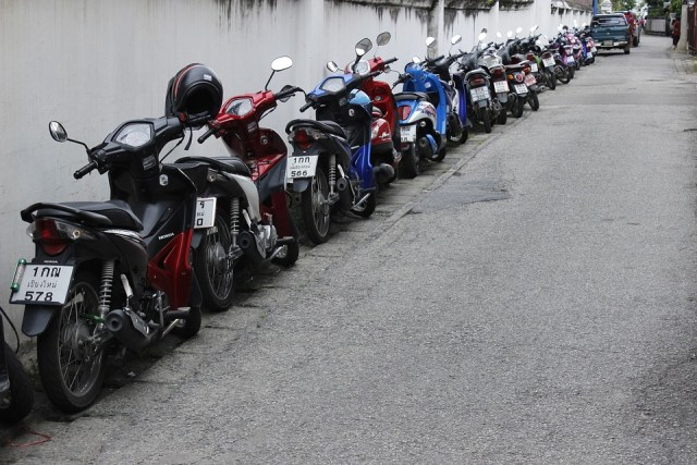 16 road racers captured, 40 motorbikes seized in Bangkok