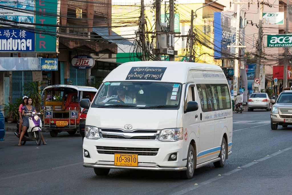 Toyota Commuter mini van in Surat Thani