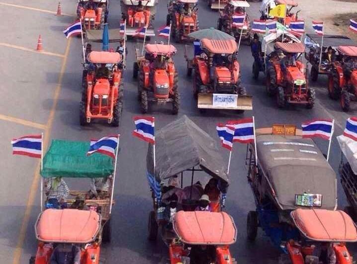 Thai farmers heading to Bangkok