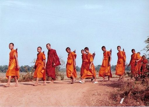 Thai monks on pilgrimage
