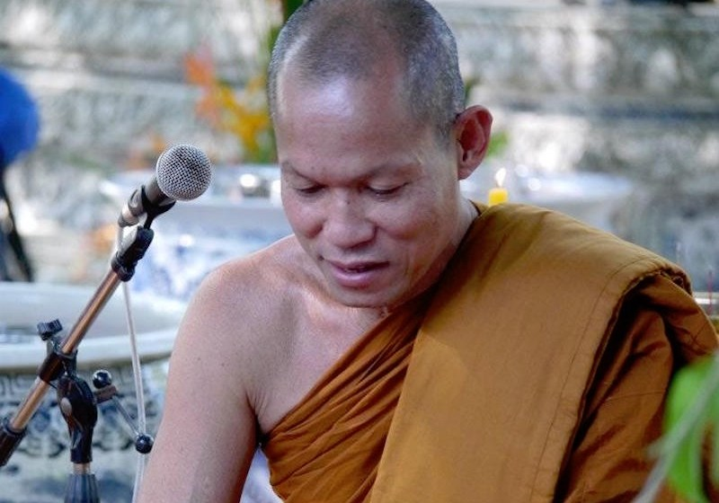 PM offers apologies over arrest of Phra Buddha Isara