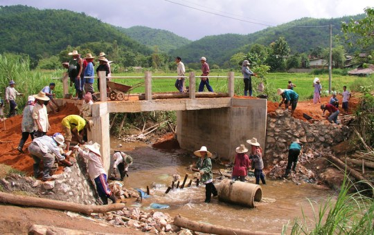 Construction workers in Chiang Rai, Northern Thailand