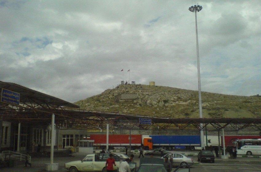 9 dead in Turkey after quake hits rural Iran border region