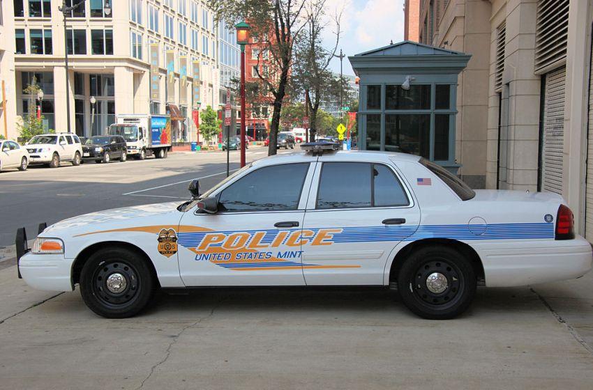 US Mint police car