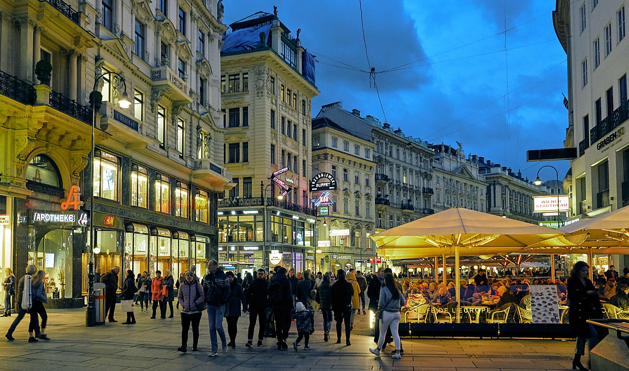 Vienna terrorist attack: 4th viсtim confirmed dead & 22 injured, shooter revealed as 20yo man convicted for trying to join ISIS