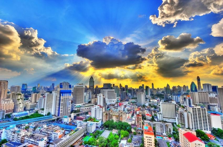 Bank report says 2.6 billion baht financial loss so far from smog in and around Bangkok