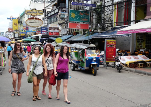 New operating hours from 4 pm-midnight for Khao San vendors