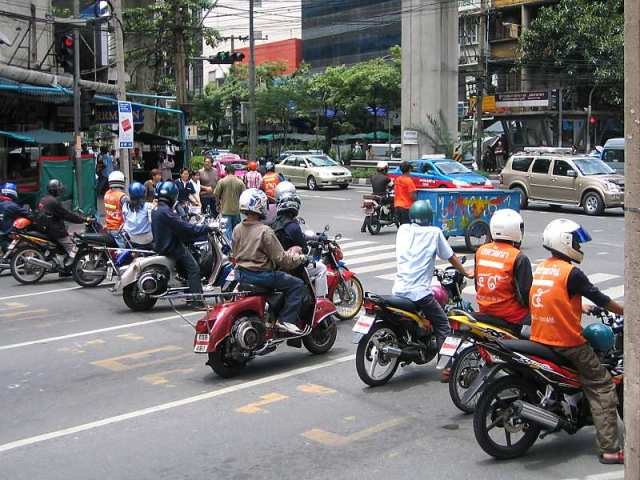 Transport regulators order GrabBike service halted