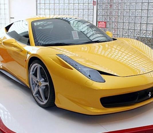 Ferrari 458 Italia luxury sports car