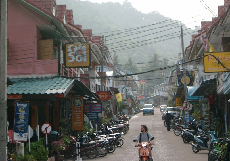 Two British tourists brutally murdered on Koh Tao