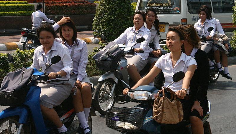 Students on Huay Kaew Road