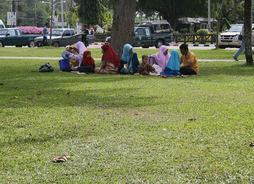 Malay Muslim family in Songkhla