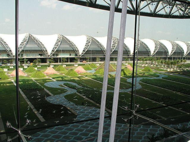 Suvarnabhumi Airport dressed up for Songkran