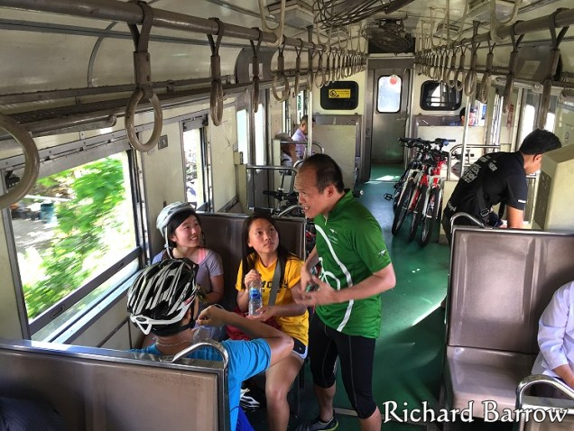 On the train to Mahachai