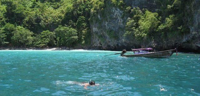 Snorkling Krabi Island Image