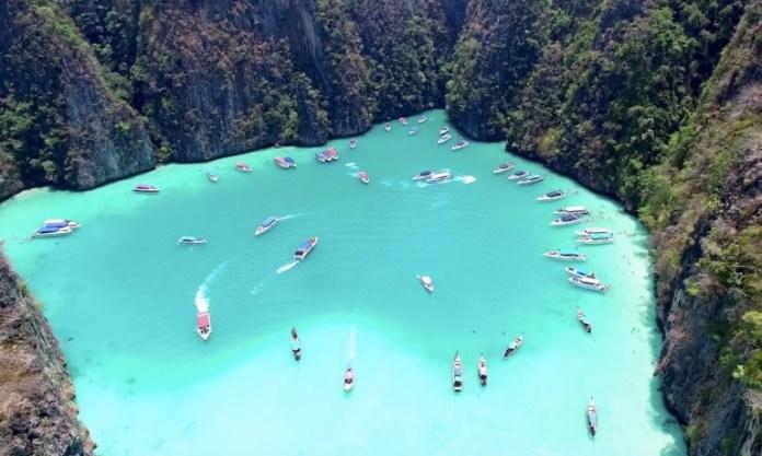 open Phuket for international tourism on October 1st