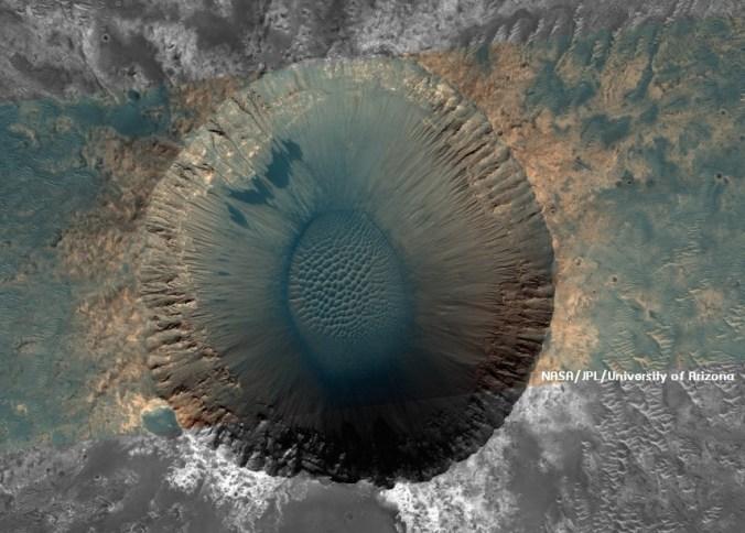 หลุมอุกกาบาต Meridiani Planu บนดาวอังคาร