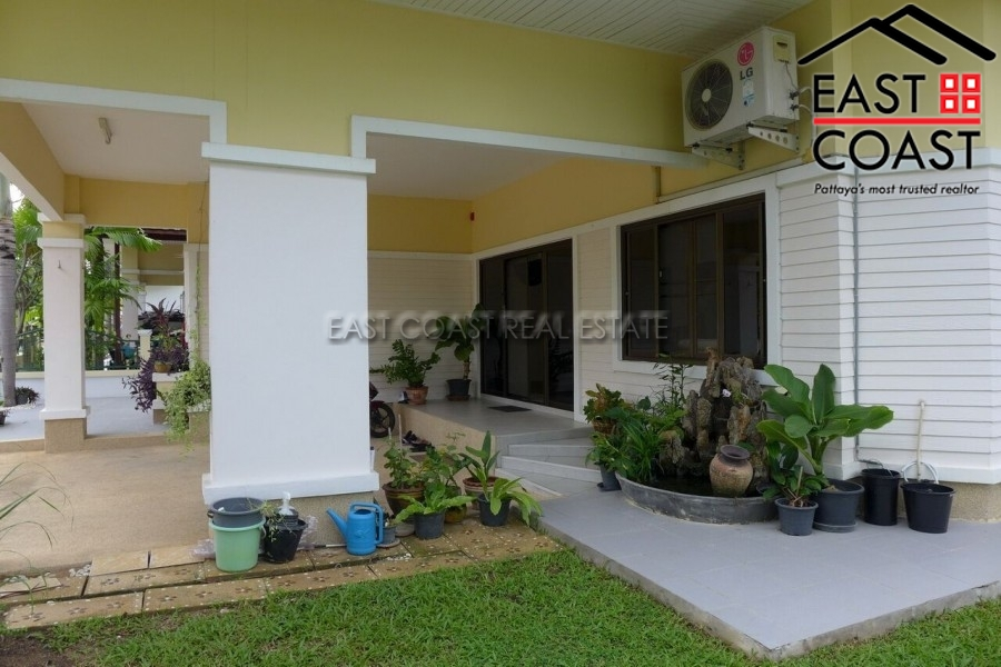 Ponthep Garden Ville 3 House In East Pattaya House For