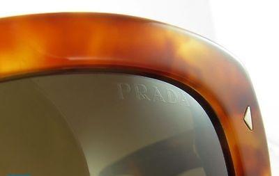 """66ffcbfe3 يوجد في الذراع الأيمن للنظارة الشمسية برادا شعار مميز تليه عبارة """" صنع في  إيطاليا """" مما يدل علي المطابقة الأوربية . تأكد من كتابة الشعار بطريقة  متباعدة ."""