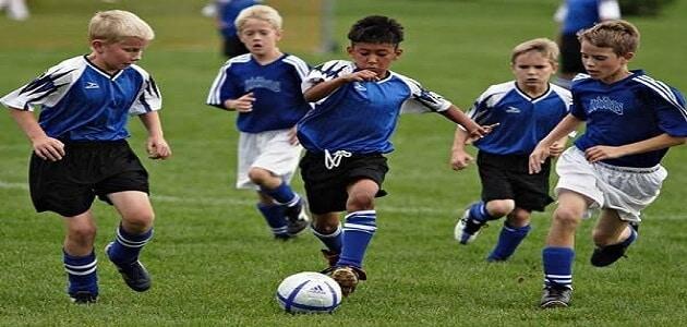 كيفية تعلم حركات كرة قدم سهلة جدا