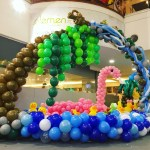 Balloon Swan Sculpture