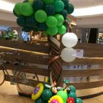 Balloon Tree and Flower Decoration