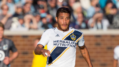 Jonathan Dos Santos naked picture
