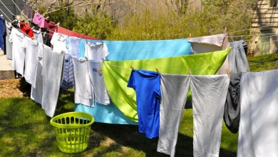 reasons why your clothes stink even after washing