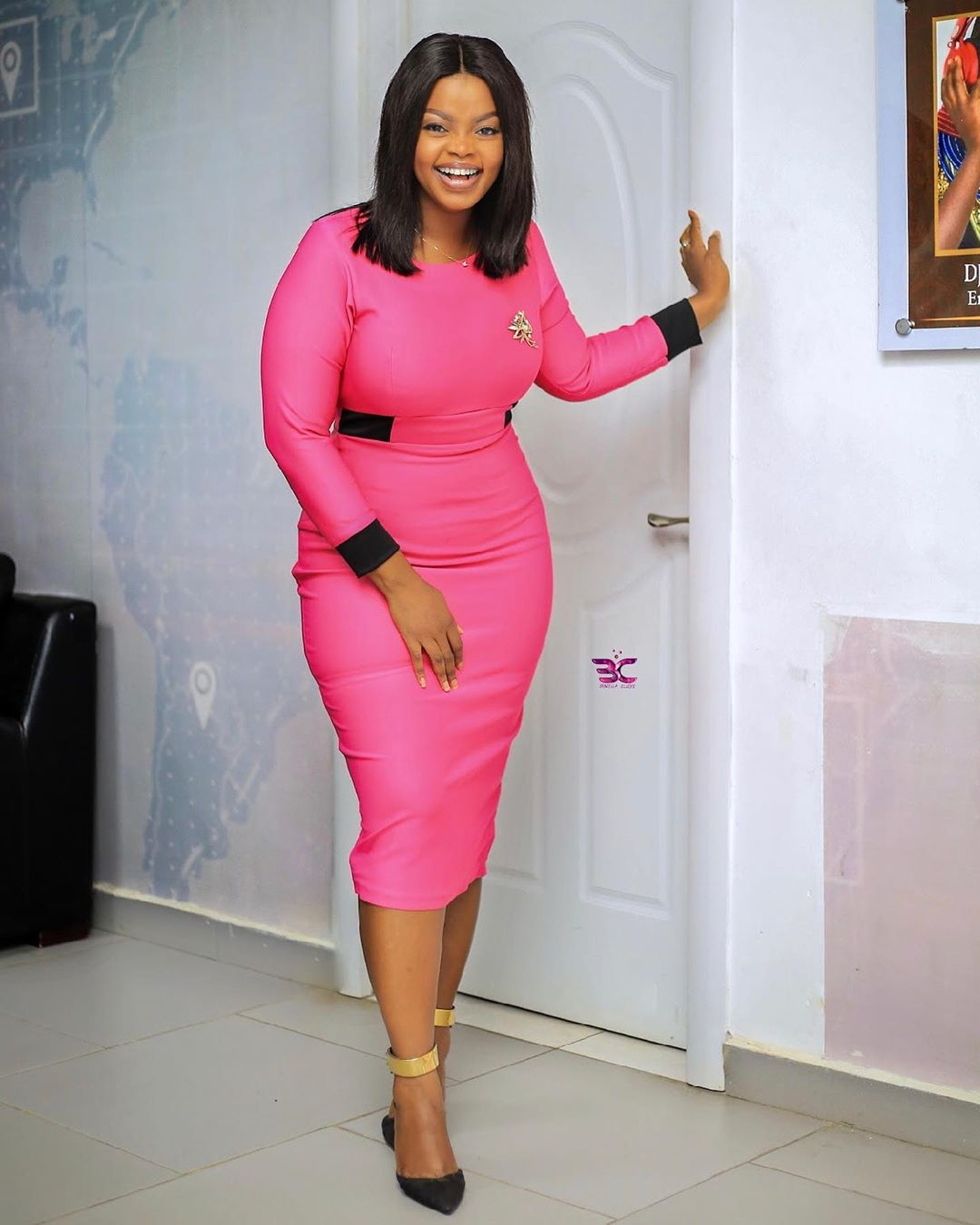 TV3 presenter Ayisha Yakubuu looks Hot and Curvy in new