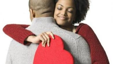 SIMPLE WAYS WOMEN SHOW LOVE